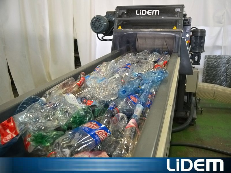 PET and Bottles Shredding and containers