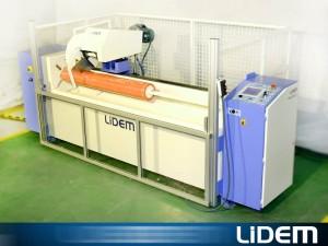Máquina para cortes en cintas y tacos con gran precisión