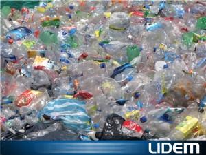 Triturado de plástico